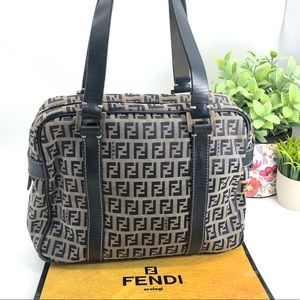 Fendi Authentic Vintage 90s FF Logo Shoulder Bag
